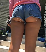 My neighbor's bubbly butt in shorts