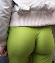 Sensational ass in fluorescent green tights