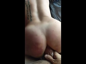 Party girl's ass is too tight to receive a fat dick Picture 4