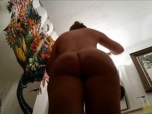 Hidden camera on big butt in bathroom Picture 1