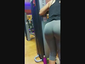 Best ass in the gym caught by voyeur Picture 2