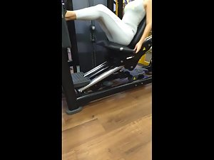 Short girl exercising her bubble butt in gym Picture 4