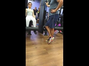 Short girl exercising her bubble butt in gym Picture 6