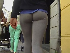 Young ass that will make you drool Picture 1