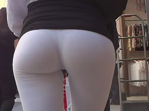 Round ass that you cannot miss Picture 6