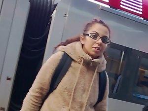 Phat ass white girl got a big booty