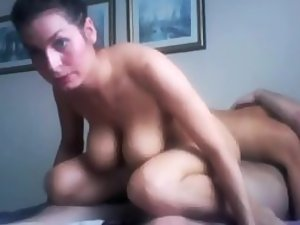 Brunette gets neglected in a threesome