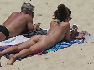Best tanned asses from all over the beach Picture 7