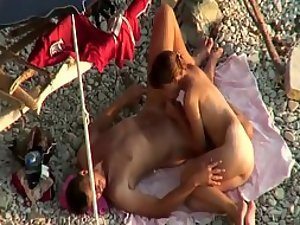 Beach blowjob with an audience