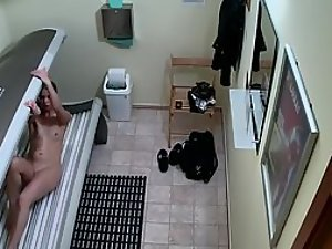 Multiple hidden cams in a tanning salon Picture 1