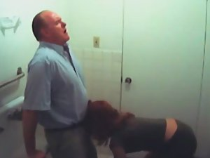 Spying a girl sucking off an older guy