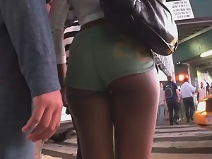 Hot black ass in greenish shorts