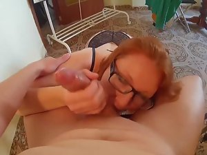 Amateur porn with housewife Picture 2