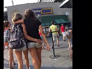 Teens walking and groping each other Picture 3