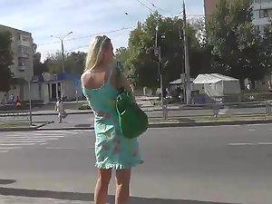 Pussy slip under milf's skirt