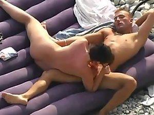 Casual fuck on the nudist beach