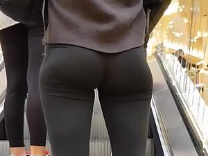 Simple girl with a great ass in black tights
