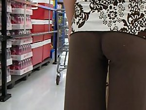 Little ass spied in tight pants