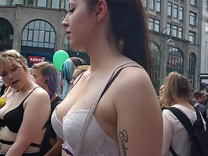 Voyeur checks out tits of three liberal girls Picture 4