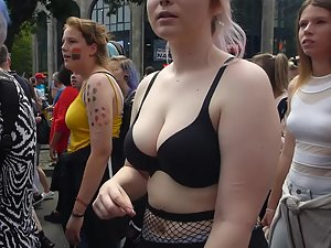 Voyeur checks out tits of three liberal girls Picture 8