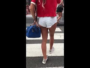 Sexy tanned legs and perfectly round ass Picture 3