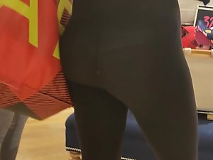 Noticeable hole and thong in cheap leggings