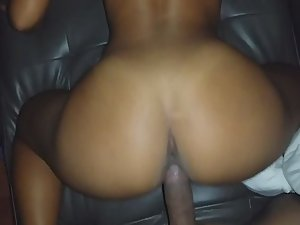 Tight pussy can't fit that whole dick