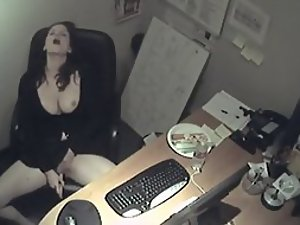 Secretary got spied while horny
