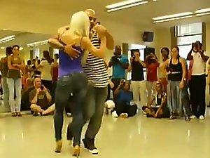 Supreme dancing skills look crazy erotic