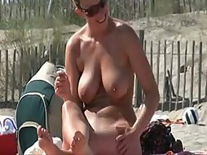 Big natural tits getting rubbed with oil