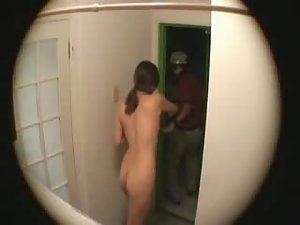 Naked for the pizza delivery Picture 6