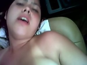 Chubby babe moans during car sex