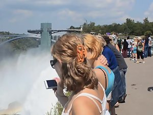 Sightseeing on tits by niagara falls