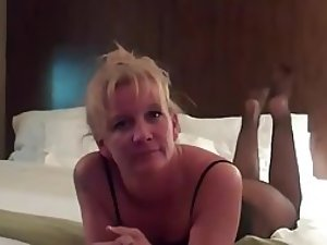 Slutty milf's orgasm with a younger lover