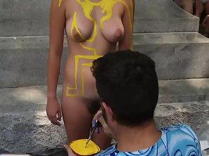 Pretending to like body paint art
