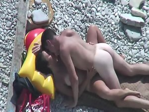 Gentle fuck between a nudist couple - Voyeur Videos