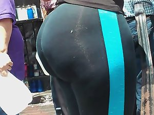 Big butt in ultra tight spandex leggings