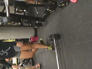 Pussy bulge of strong girl in the gym Picture 6