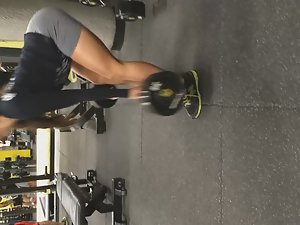 Pussy bulge of strong girl in the gym Picture 8