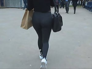 Creepshot of her tights and thong Picture 5