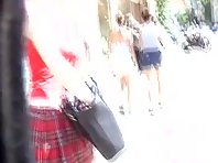Stalking a bubble but under a skirt Picture 5