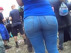 Sexy ass girl stands out in the crowd