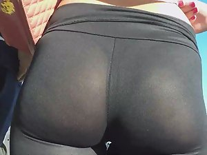 Sheer leggings reveal her thong Picture 4