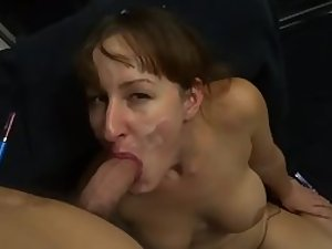 Blowjob in front of the mirror
