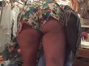 Loose booty shorts crawl up ass