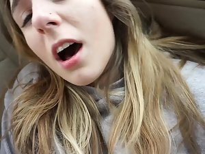 Girly video blog turns into lots of sex in the car Picture 4