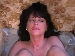 Milf curls toes during anal sex