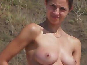 Tight nude body spied on a beach