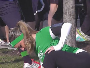 Fit girl stretching in the park Picture 5