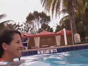 Milf in the swimming pool